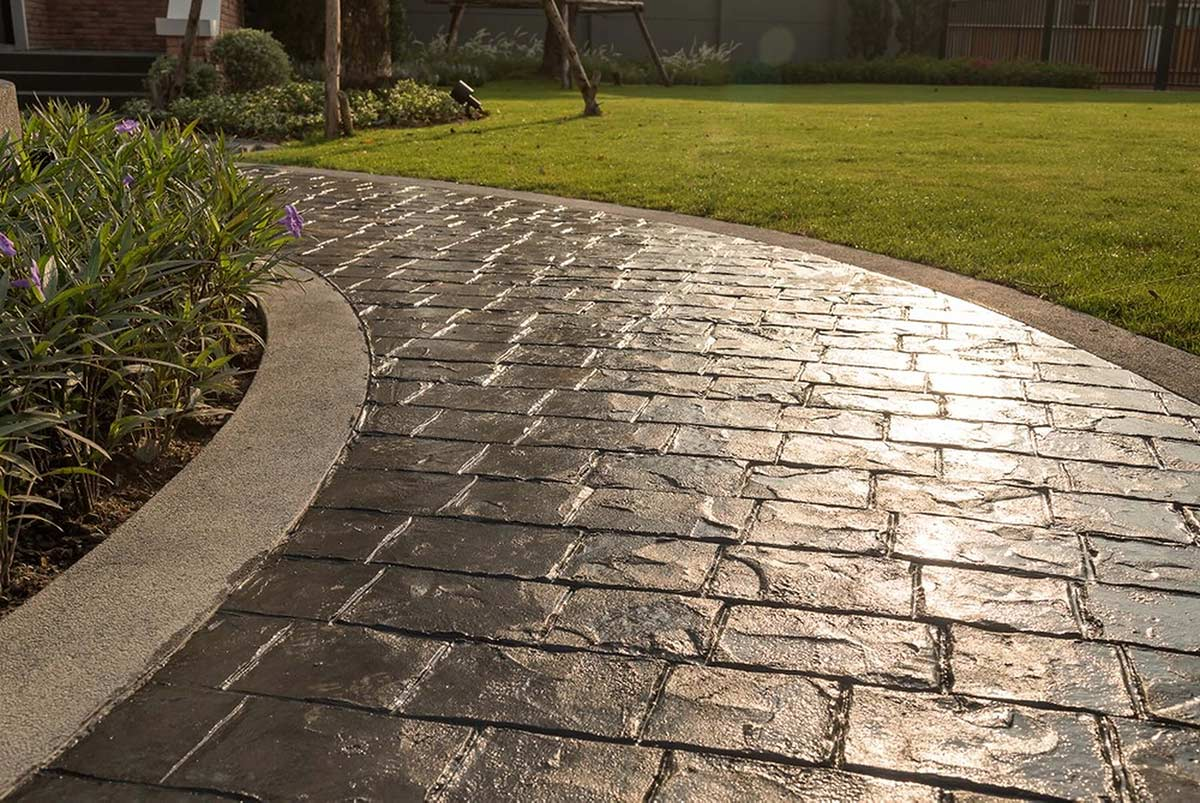 driveline construction uk ltd limited wirral cheshire liverpool merseyside north wales builders building builder bricklayers contractor contractors house home garden gardening driveway driveways imprint pattern decorative stamp stamped concrete